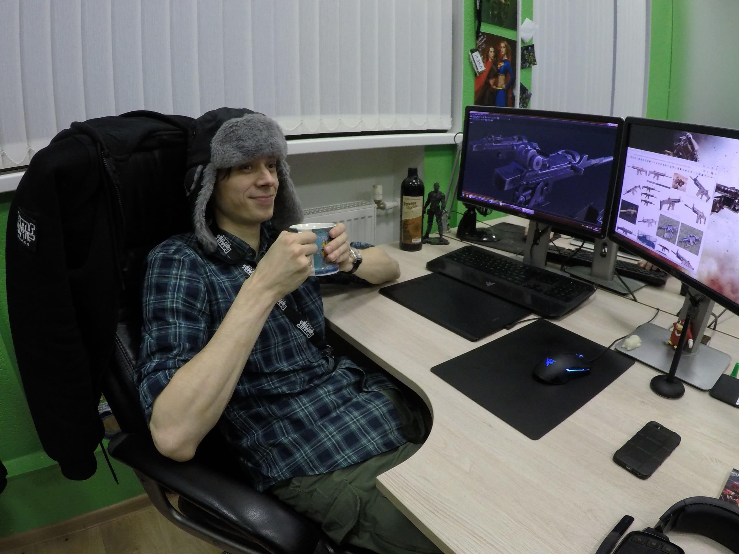 Сколько людей разрабатываютEscape from Tarkov?